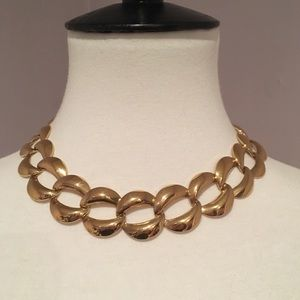 Jewelry - Vintage Faux Gold necklace.  Gorgeous!